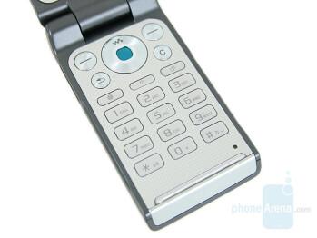 Keypad - Sony Ericsson W380 Preview
