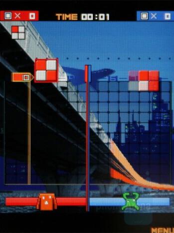 Lumines Block Challenge - Sony Ericsson W890 Review