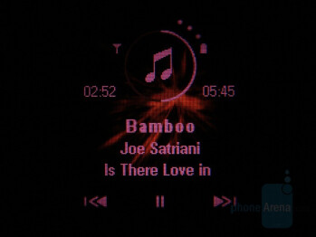 Front touch keys - Motorola MOTO U9 Review