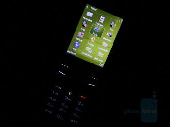 Samsung SGH-G810 Preview
