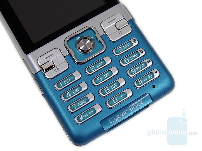 Sony Ericsson C702 Preview