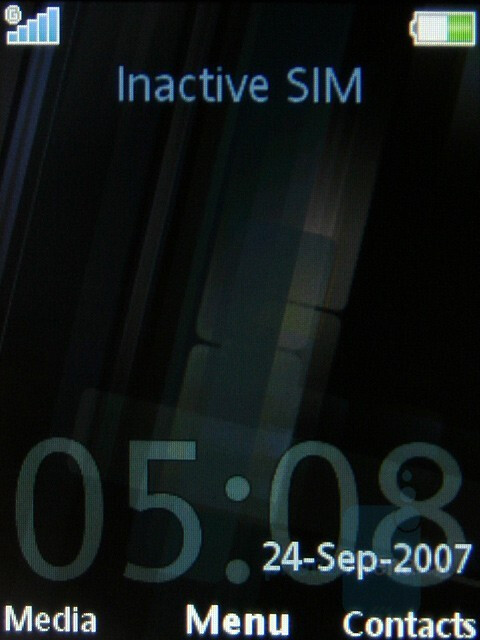 Home screen - Sony Ericsson C902 Preview