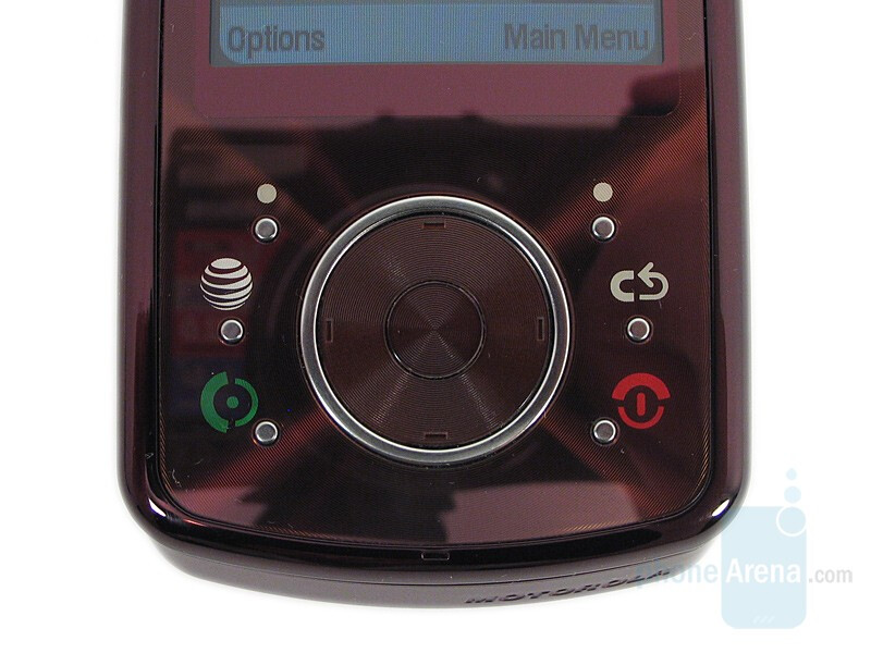 D-Pad - Motorola MOTO Z9 Review