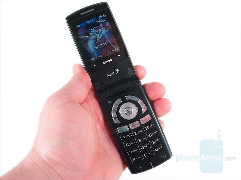 sanyo katana lx review rh phonearena com Sanyo 6600 Katana LX Sprint Sanyo Flip Phone