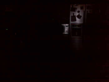 Low light - Indoor images - RIM BlackBerry Curve 8330 Review