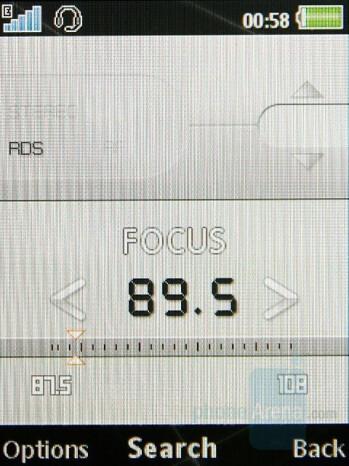 Radio - Sony Ericsson G502 Review