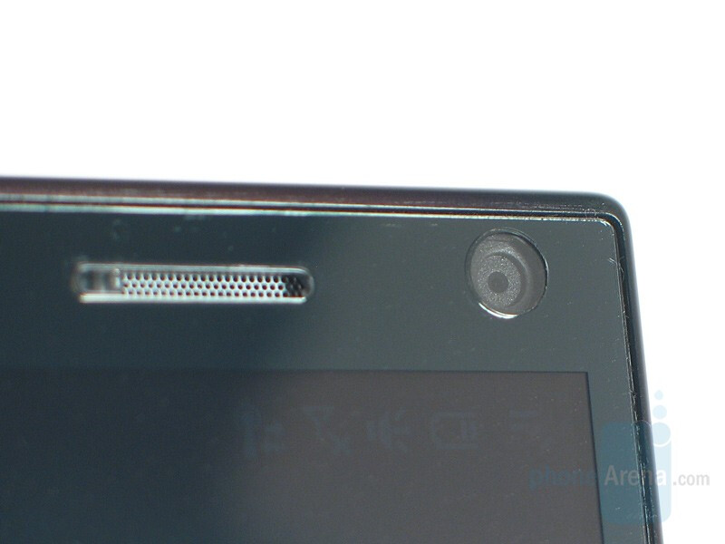 Earpiece and VGA camera - HTC Touch Diamond Review