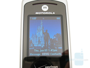 Internal display - Motorola W755 Review