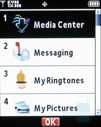 Headlines - Themes - Motorola W755 Review
