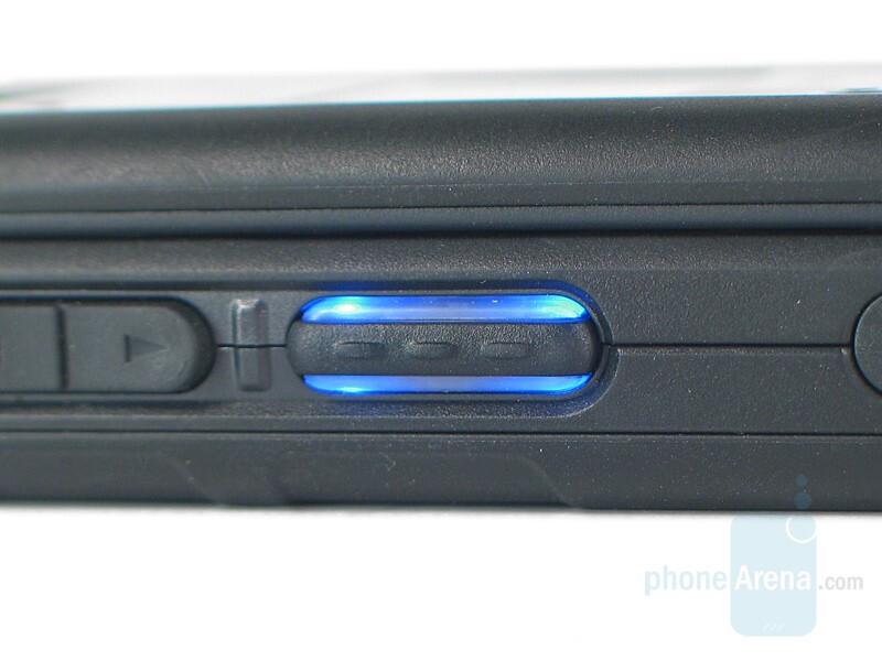 NDC key backlight - Sanyo PRO-700 Review