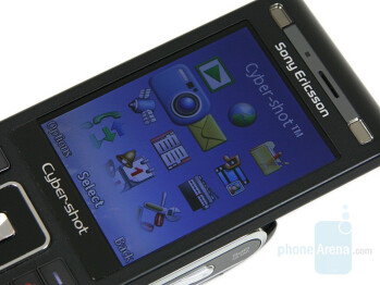 Display - Sony Ericsson C905 Preview