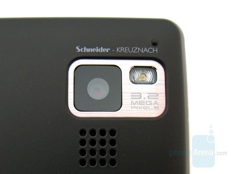 Camera - LG Dare Review