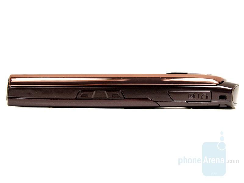 Left Side - Samsung SGH-L770 Review