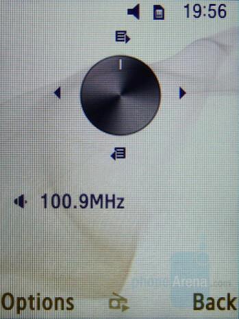 FM Radio - Samsung SGH-D780 Review
