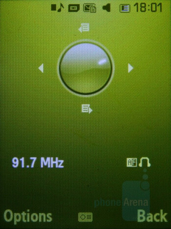 FM Radio - Samsung SGH-F400 Review