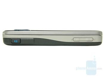 Right - Nokia 6210 Navigator Review