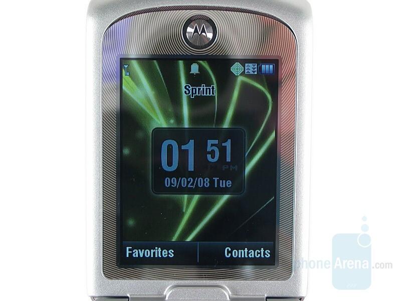 Internal display - Motorola RAZR VE20 Review