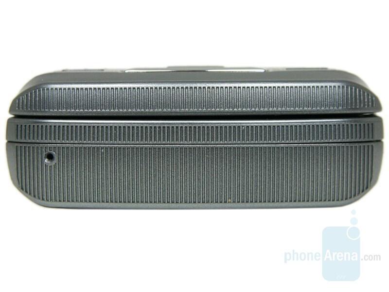 Bottom - Samsung SGH-G810 Review