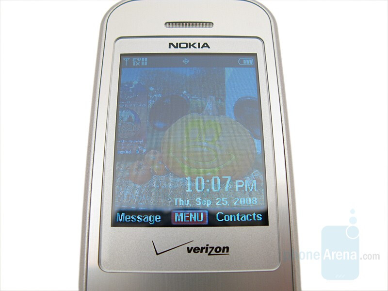 Main Display - Nokia 6205 Review