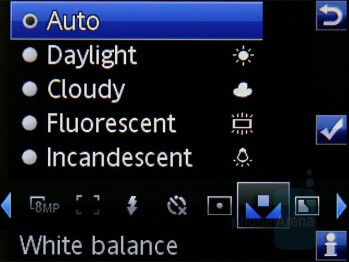 Camera interface - Sony Ericsson C905 Review