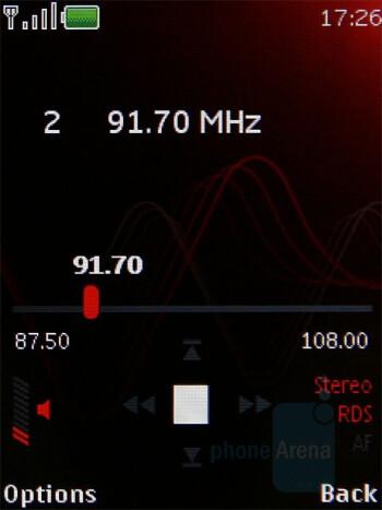 FM radio - Nokia 5220 XpressMusic Review