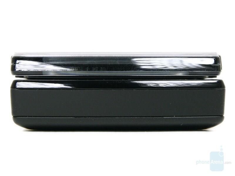 Bottom - Sony Ericsson W980 Review