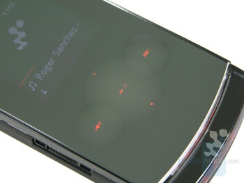 Music keys - Sony Ericsson W980 Review
