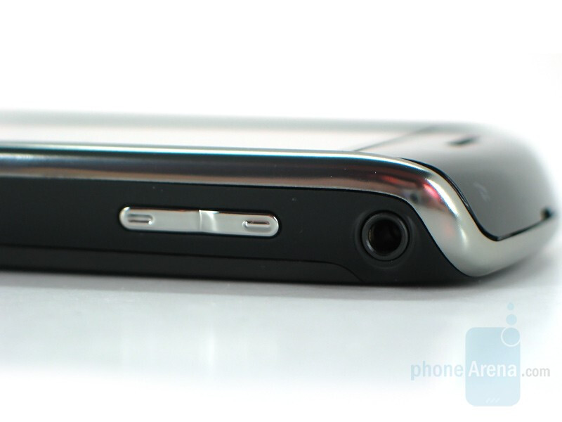 Right side - BlackBerry Storm Review