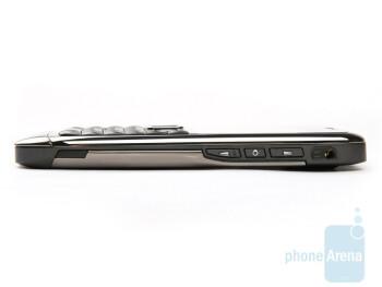 Right - Nokia E71 Review