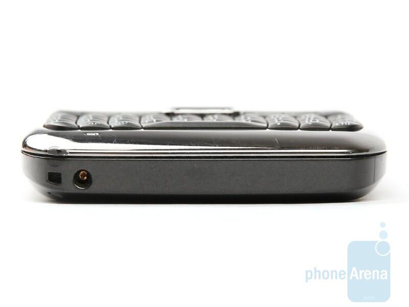 Bottom - Nokia E71 Review