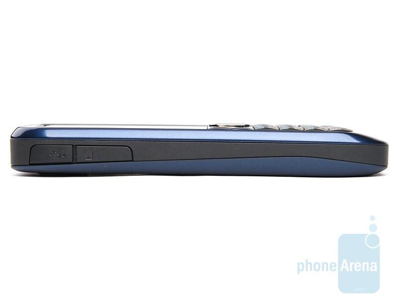 Left - Nokia E63 Review