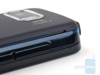 The stereo speakers - Nokia 5800 XpressMusic Review