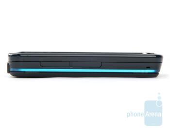 Left - Nokia 5800 XpressMusic Review