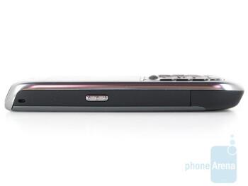 Left - RIM BlackBerry Curve 8900 Review