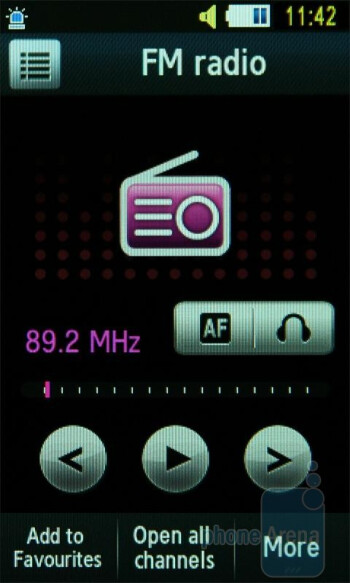 FM radio - Samsung UltraTOUCH Preview