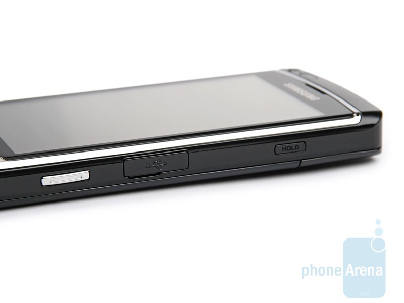 right side - Samsung OMNIA HD Preview