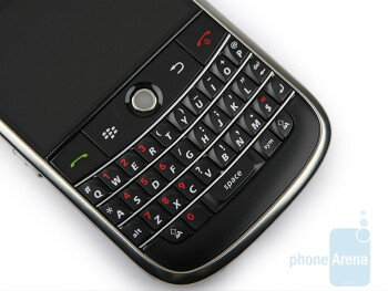 QWERTY keyboard - BlackBerry Bold Review
