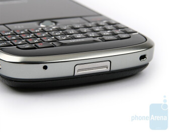 bottom - BlackBerry Bold Review
