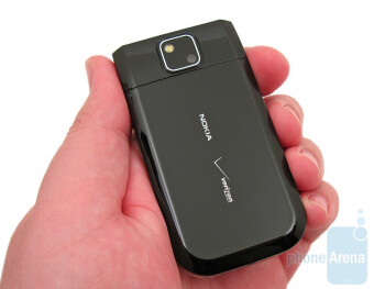Back - Nokia 7205 Intrigue Review