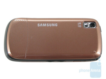 The back of the Instinct S30 in the new color scheme - Samsung Instinct s30 Review