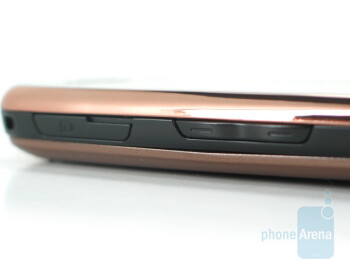 Volume rocker and charger port - Samsung Instinct s30 Review