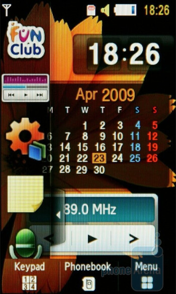 Home screen - Samsung UltraTOUCH S8300 Review