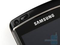 Samsung-OMNIA-HD-Review-Design09