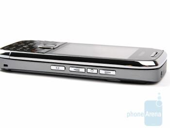 Right side - The sides of Nokia E75 - Nokia E75 Review