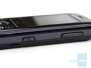 The volume rocker and camera shutter - Sony Ericsson W395 Review