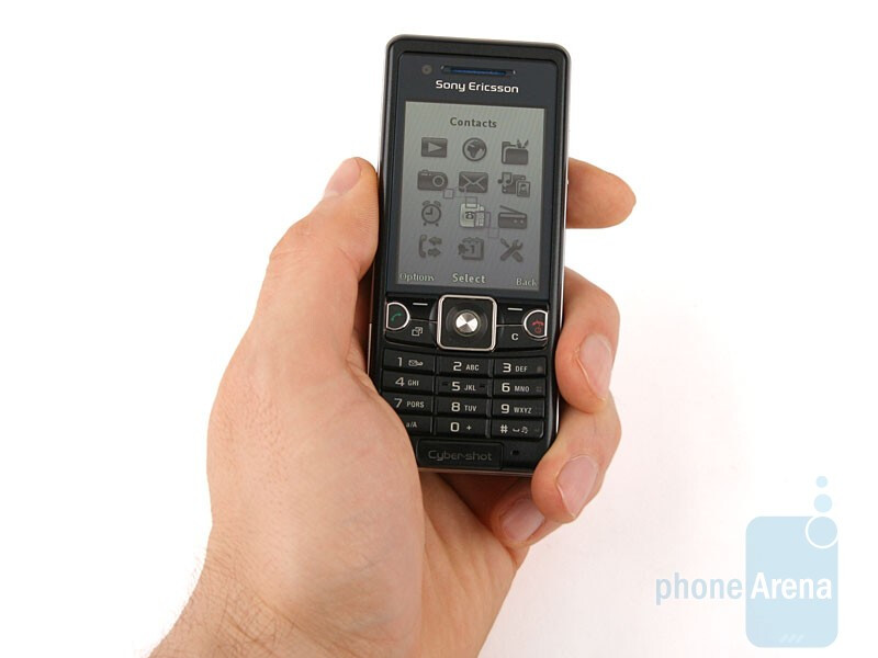 The Sony Ericsson C510 fits well in the hand - Sony Ericsson C510 Review