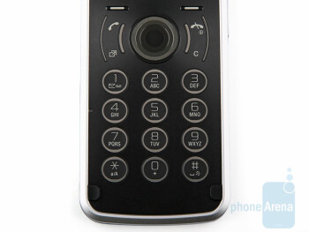 The numeric keypad of the Sony Ericsson T707 - Sony Ericsson T707 Preview