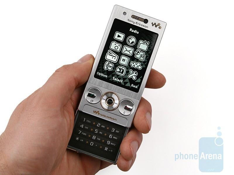 Sony Ericsson W705 Review