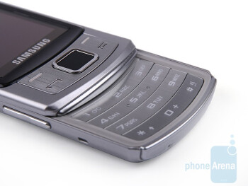 The numeric keypad of the Samsung Ultra S S7350 - Samsung Ultra S S7350 Review