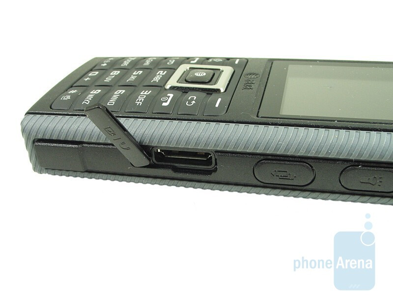 Right - Samsung SGH-a657 Review